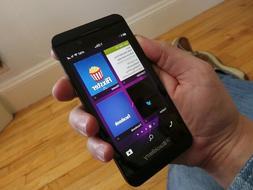 BlackBerry Z10 16GB Sbloccato Smartphone Cellulare Mix Grado